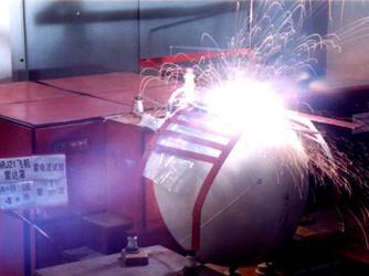 飞机雷达罩雷电流试验